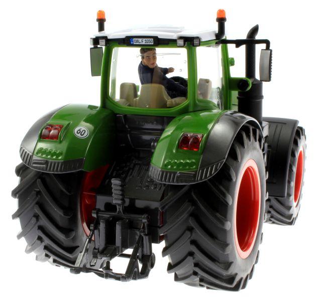 AT Collections 32114 - Tim auf dem Traktor Siku Fendt Vario hinten rechts