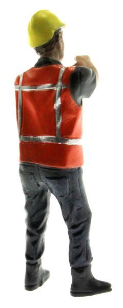 AT Collections 32144 - Stephan hält eine Stange hinten rechts