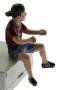 AT-Collections 32141 - Teenager Jaff fährt Traktor vorne rechts