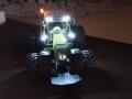 Siku Control - Claas Axion mit Beleuchtung oben vorne