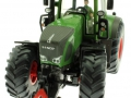 Britains 43203 - Sitzender Fahrer grün im Siku Traktor 1:32 Fendt