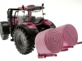 Britains 43247 - Pink Valtra T254 hinten links