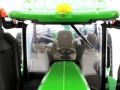 Ertl FS16 - John Deere 9620RX Sondermodell Farm Show 2016 Fahrersitz