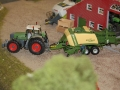 Farmworld Fehmarn - Fendt Traktor mit Krone Big Pack