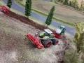 Farmworld Fehmarn - Claas Traktor mit Doppelbereifung und Drillmaschine