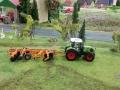 Farmworld Fehmarn - Claas mit Grubber