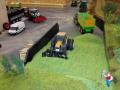 Farmworld Fehmarn - Renault Traktor auf Gras
