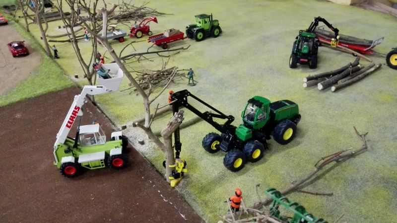 Farmworld Fehmarn - März 2015 John Deere Forester