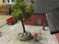 Farmworld Fehmarn Okt. 2015 - Ein Baum auf dem Hof