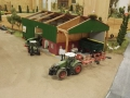 Farmworld Fehmarn Okt. 2015 - Fendt Traktor mit Pflug vorne links