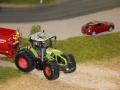 Farmworld Fehmarn Okt. 2015 - Claas Axion 950 mit Krampe Kipper