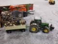 Farmworld Fehmarn Winter 2014 - Holz abladen