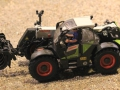 Field & Fun - Claas Scorpion 7044 mit Reisiggabel