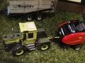 Field & Fun Sonderausstellung MB Trac   1100 mit Vicon Ballenpresse oben links