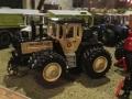 Field & Fun Sonderausstellung MB Trac   1800 mit Doppelreifen links