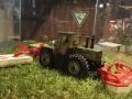 Field & Fun Sonderausstellung MB Trac   1800 mit Kuhn Mähwerk vorn rechts