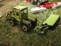 Field & Fun Sonderausstellung MB Trac   900 mit Deutz Mähwerk hinten links