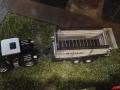 Field & Fun Sonderausstellung MB Trac Blackline mit Rapide Ladewagen oben links