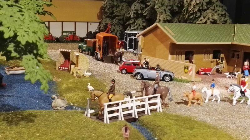 Field and Fun Ostern 2016 - Pony reiten