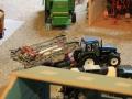 Field&Fun Sierhagen - New Holland Traktor mit Güllewagen