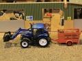 Field&Fun Sierhagen - New Holland Traktor mit Frontschaufel