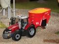 field&fun - Massey Ferguson mit Futterwagen