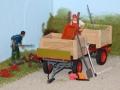 Farmworld Fehmarn Juni 2016 - Anhänger mit Holzkisten