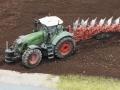 Farmworld Fehmarn Juni 2016 - Fendt Trecker mit Fass Frontgewicht