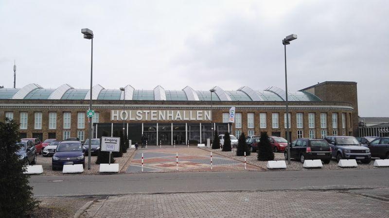 Modellbau Schleswig Holstein in Neumünster 2016 - Holstenhallen-Eingang