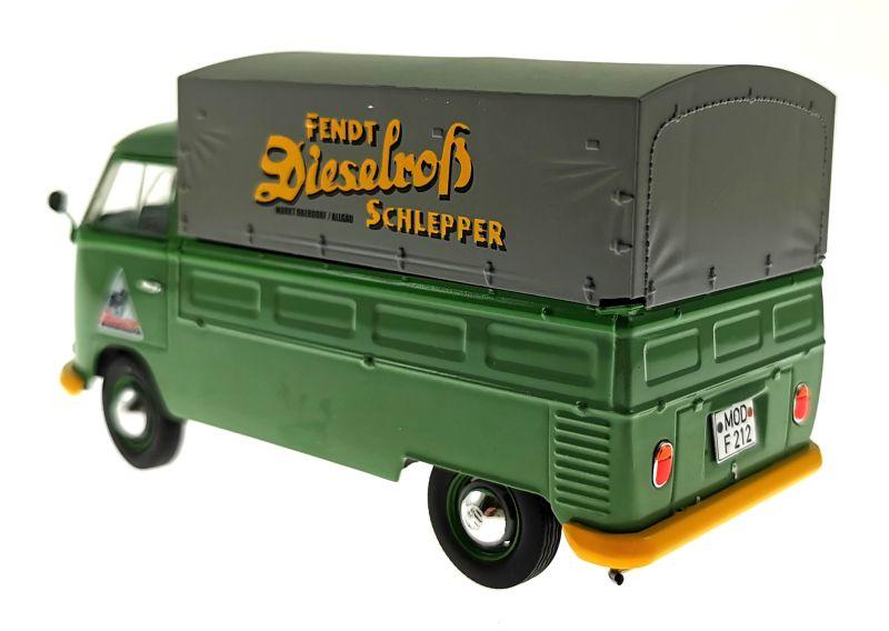 schuco 450785600 - Volkswagen T1b Pritsche Fendt Dieselross Schlepper hinten links
