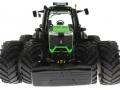 Schuco 7769 - Deutz-Fahr 9340 Agrotron TTV Doppelreifen unten vorne