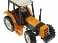 Siku 2856 - Renault-Traktor 145-14 TX oben vorne rechts