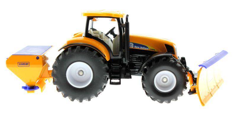 Siku 2940 - Traktor New Holland T7070 mit Räumschild und Salzstreuer