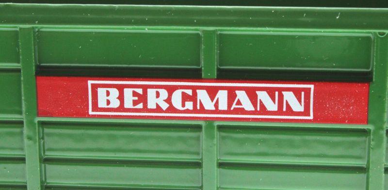 Siku 2964 - Stalldungstreuer Bergmann Logo
