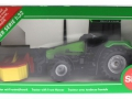 Siku 3156 - Traktor Deutz Fahr mit Frontmähwerk Karton vorne