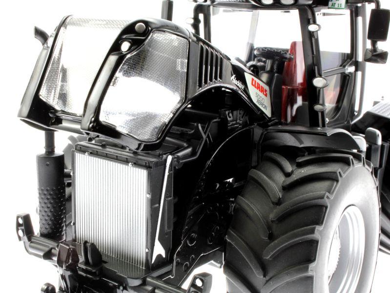 Siku 3271 - Claas Xerion 5000 Blackline Motor links