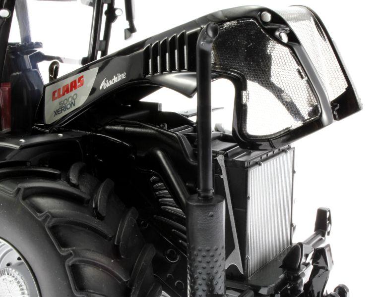Siku 3271 - Claas Xerion 5000 Blackline Motor rechts