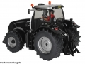 Siku 3277 Case IH Magnum 290 Blackline hinten links