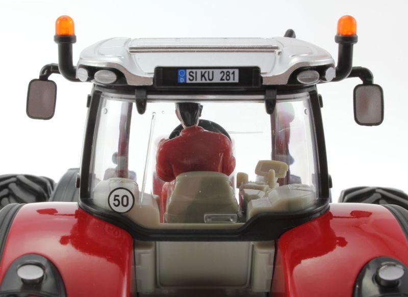 Siku 3278 - Massey Ferguson 8680 mit Doppelbereifung hinten oben