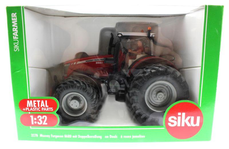 Siku 3278 - Massey Ferguson 8680 mit Doppelbereifung Karton vorne