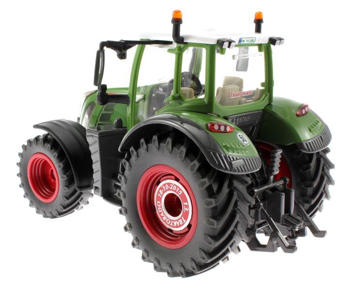 Siku 3285 Traktorado 2015 - Fendt 724 Vario hinten links