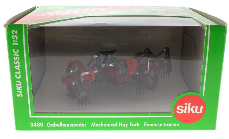 Siku 3480 - Gabelheuwender Karton vorne