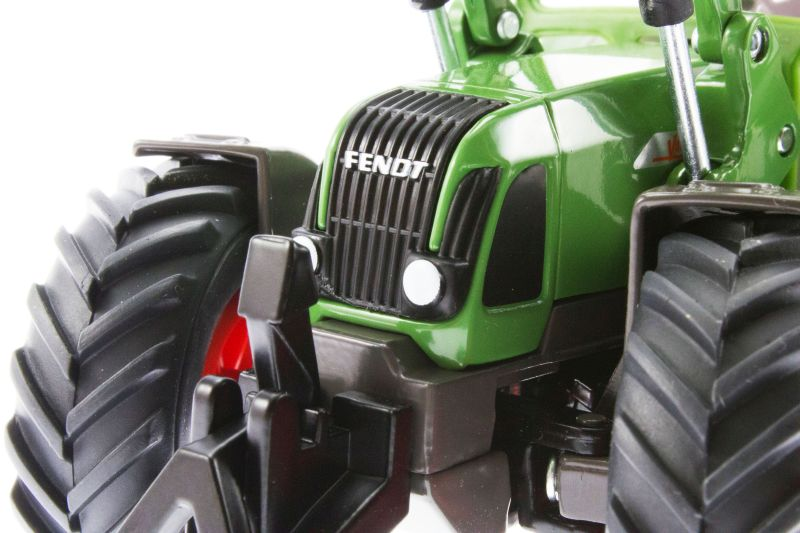 Siku 3554 - Traktor mit Schaufellader Fendt Vario 714 vorne nah