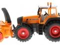 Siku 3660 - Traktor Fendt 920 Vario mit Schneefräse Schmidt links