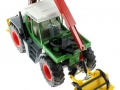 Siku 3857 - Fendt Xylon Forstmaschine oben vorne links