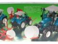 Siku 3861 - Fendt Farmer Vario 412 mit Ballengabel und Rundballenwickler Karton hinten