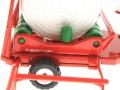 Siku 3861 - Fendt Farmer Vario 412 mit Rundballenwickler taarup nah