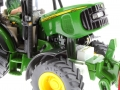 Siku 4452 - John Deere 5720 - Farmer Plus Motor rechts
