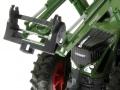 Siku 6713 - Adapter für Frontlader Zubehör an Control 32  Fendt 939 Vario  nah