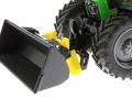 Siku 8980 - Schaufel mit Frontadapter an Deutz-Fahr nah